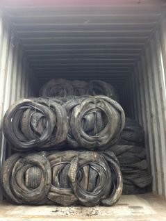 loading scrap baled tyres export